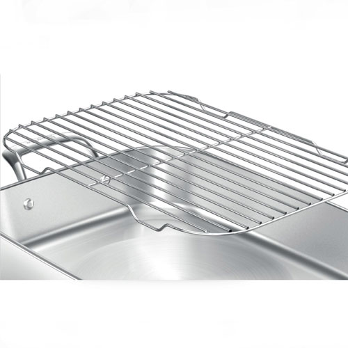 the Thermal Pro™ Stainless Woks, Skillets, & Deep Fryers in Brushed Stainless Steel bonus trivet